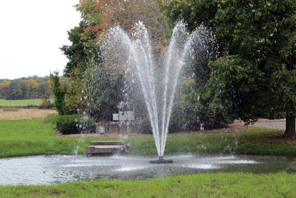 aerating fountain for dams and lakes